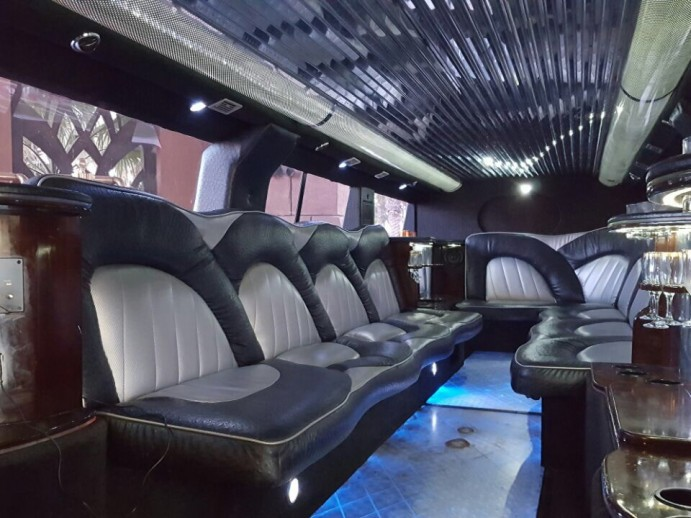 Limousine rental Dubai